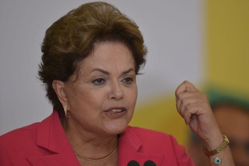 Dilma-Rousseff-by-Fabio-Rodrigues-Pozzebom