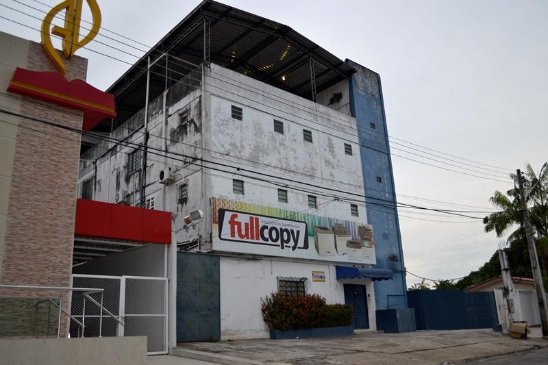 A empresa Full Copy tem sede na Rua Dr. Orlando Falconi, conjunto Belvedere, no bairro Planalto, na zona centro-oeste de Manaus