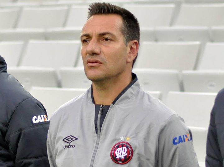 Doriva deixa o comando técnico do Atlético Paranaense