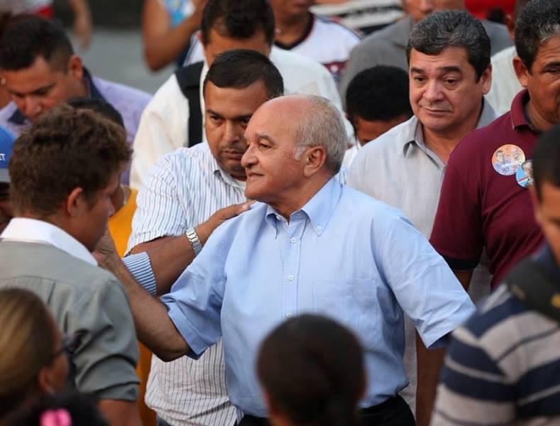 Na gravação, o subsecretário não fala em nome de José Melo, mas a conversa não deixa dúvida de que ele foi negociar apoio para a campanha (Foto: Divulgação)