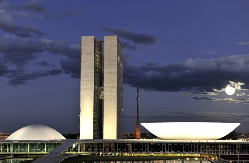 Congresso armou 'pauta bomba' fiscal de R$ 259 bilhões para Bolsonaro