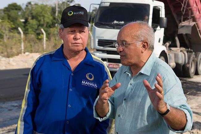 O prefeito de Manaus, Arthur Neto, e José Melo firmaram parceria que garantiu o apoio ao governador, mas não a contrapartida de apoio ao candidato de Arthur à presidência (Foto: Divulgação)