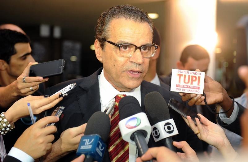 O presidente da Câmara, Henrique Alves, argumenta que o julgamento pelas turmas do STF permite que um parlamentar seja cassado com dois votos (Foto: J Batista/Câmara dos Deputados)