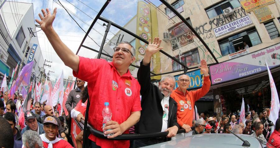 Os candidatos majoritários do PT em São Paulo, Alexandre Padilha (à esquerda) e Eduardo Suplicy, foram derrotados nas urnas (Foto: Divulgação)