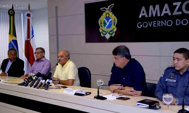 O governador José Melo convocou uma entrevista coletiva na manhã desta quarta-feira para anunciar que passará o comando da segurança pública ao TRE-AM (Foto: Nathalie Brasil/Agecom)