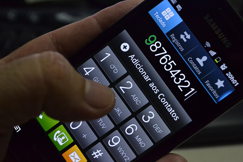 Todos os telefones terão que acrescentar o 9 à frente do número dos telefones móveis a partir do dia 2 de novembro (Foto: Valmir Lima)