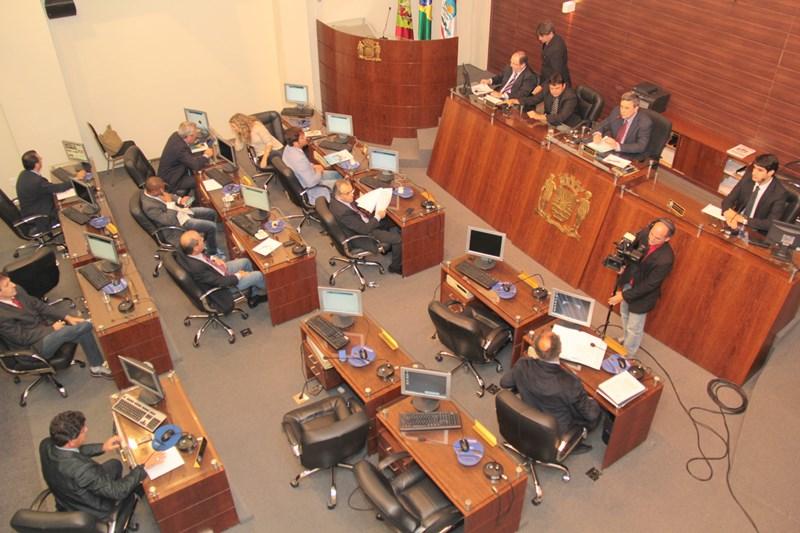 Vereadores de Florianópolis são suspeitos de receber propina de empresários para aprovar leis de interesse deles (Foto: Édio Hélio Ramos/CMF)