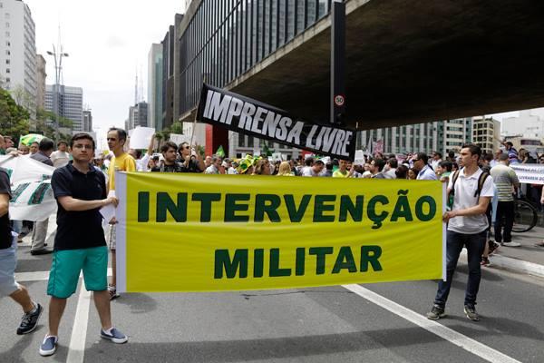 Intervencao militar