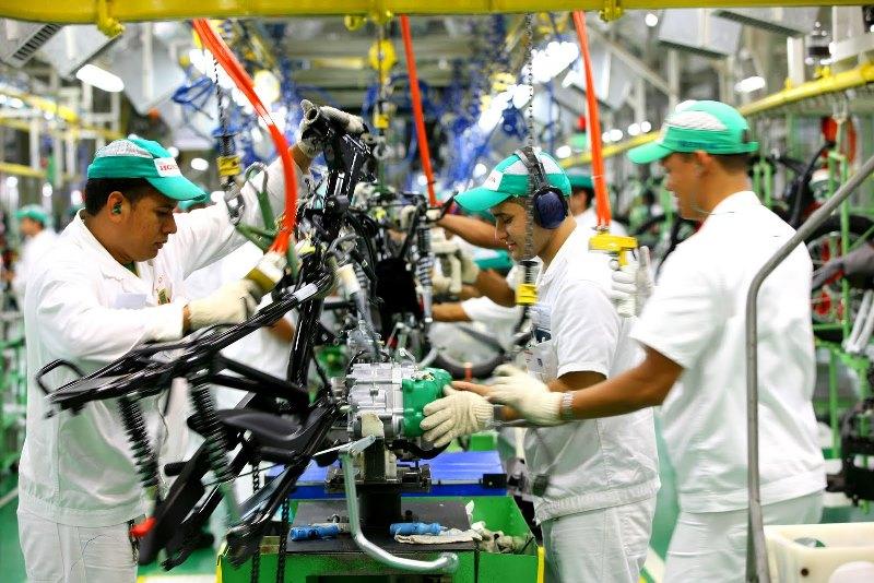 O Polo Industrial de Manaus, maior produtor de motocicletas do País, vem sentindo o impacto da queda na produção (Foto: Divulgação)