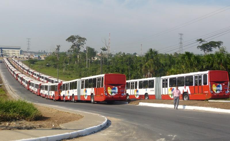 Pelo menos 20% da frota destinada para 22 linhas de ônibus não realizaram viagem nos dias pesquisados pela equipe do vereador (Foto: Divulgação/SMTU)