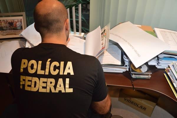 A Polícia Federal cumpriu mandados de busca e apreensão nos Estados de Rondônia