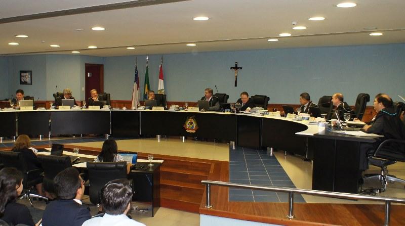 O julgamento do processo de Amazonino está pautado para a sessão plenária do TCE desta quarta-feira, 5 (Foto: Divulgação/TCE)