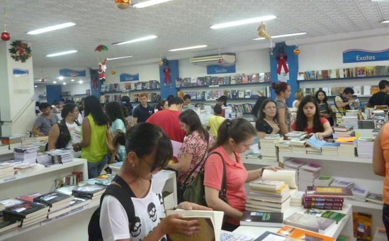 A promoção da Livraria Valer já se tornou tradição no mês de dezembro (Foto: Divulgação/Valer)