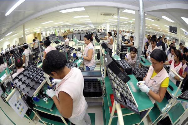Eletroeletronico foi o seguimento que mais cresceu neste ano no Polo Industrial de Manaus, de acordo com dados da Suframa (Foto: Alex Pazuello/Agecom)
