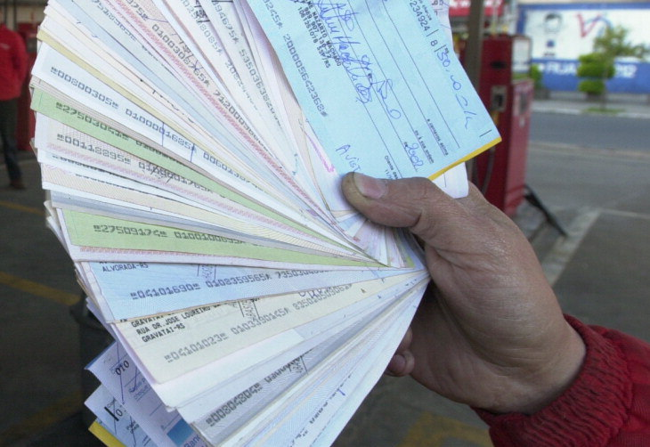 Apesar do avanço na relação sobre o total de cheques em circulação, o número absoluto de cheques devolvidos registrou retração no ano passado na comparação com o anterior (Foto: Divulgação)