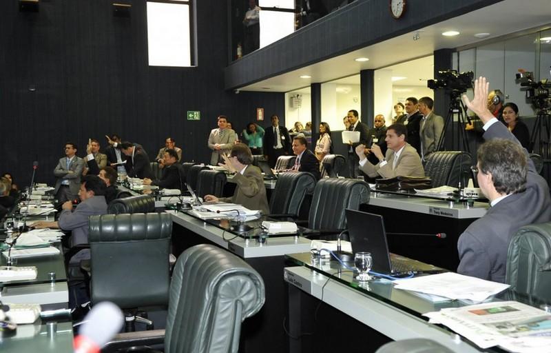 Votação de projetos na Assmbleia Legislativa nesta quarta-feira foi marcada por momentos de tensão entre governistas e oposição (Foto: Elisa Garcia Maia/ALE)