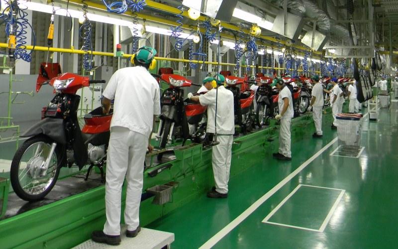 As duas maiores fabricantes do Polo Industrial de Manaus, a Moto Honda e a Yamaha, já demitiram cerca de 6 mil trabalhadores este ano (Foto: Divulgação)