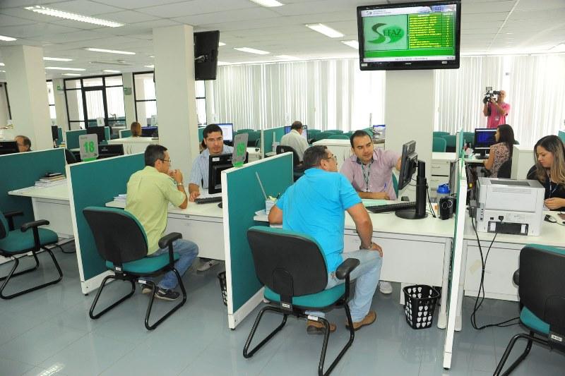 Contribuintes podem procurar a Sefaz ou fazer a operação pela internet para quitar dívidas até o dia 31 de dezembro, com desconto (Foto: W.Redman/Agecom)