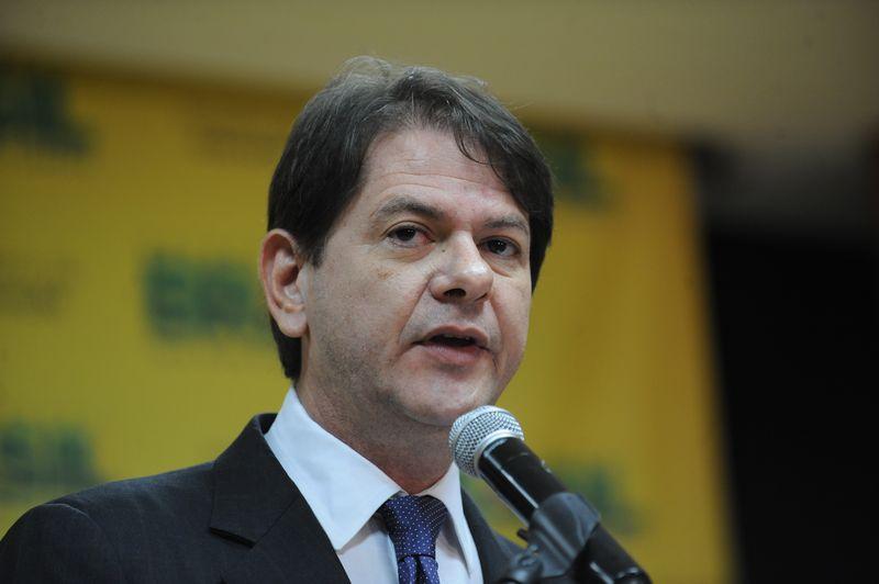 O ministro Cid Gomes concedeu entrevista nesta segunda-feira ao programa Bom Dia Brasil, da Rede Globo (Foto: Elza Fiúza/Agência Brasil)
