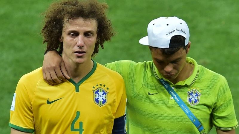Os zagueiros brasileiros escolhidos para seleção da Fifa após a derrota por 7 x 1 para a Alemanha na seminal da Copa do Mundo (Foto: CBF/Divulgação)