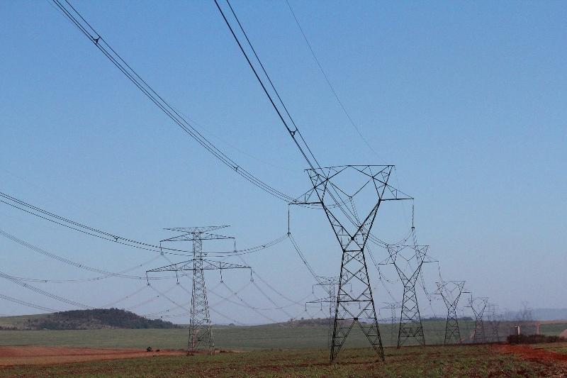 Empresa da Venezuela ameaça cortar fornecimento de energia para Roraima
