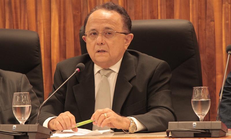 José Laredo realizou o estudo com base em dados do Codam e da Suframa dos anos de 2005 a 2014 e vai apresentar nesta semana à Federação das Indústrias do Estado do Amazonas (Foto: Valmir Lima)