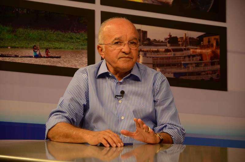 O governador José Melo perde a mãe 19 dias depois de assumir o mandato para o qual foi eleito (Foto: Valdo Leão/Divulgação)