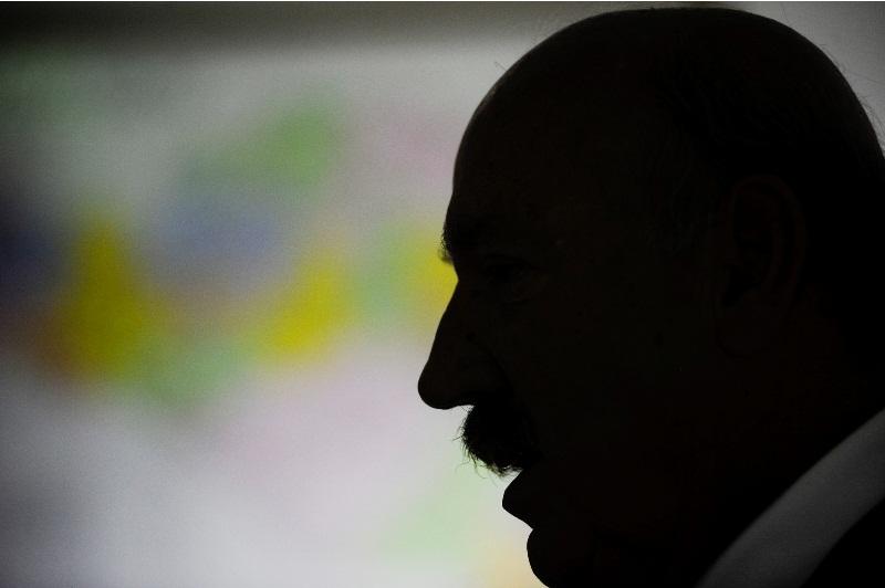 Luiz Henrique ignorou a indicação do PMDB, que optou por Renan Calheiros, e está apoiado pelos partidos de oposição (Foto: Agência Senado)