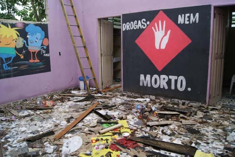 Local era impróprio para abrigar os dependentes, mas as famílias ainda pagavam a entidade para manter parentes internados (Foto: Divulgação/MP-AM)