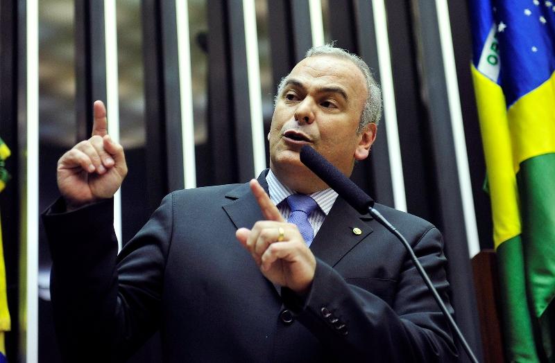 O deputado Júlio Delgado recebeu recurso de quatro empresas envolvidas no escândalo da Petrobras e alvo da Operação Lava Jato (Foto: Laycer Tomaz/Câmara dos Deputados)
