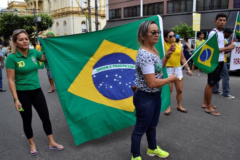 Bandeira do Brasil foi um dos item mais requisitados pelos manifestentes