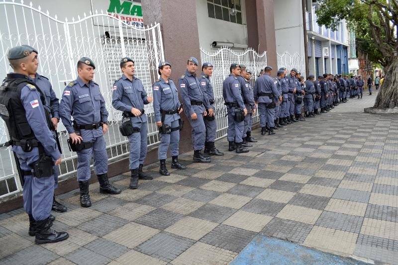 Polícia Militar compareceu em peso no ato público