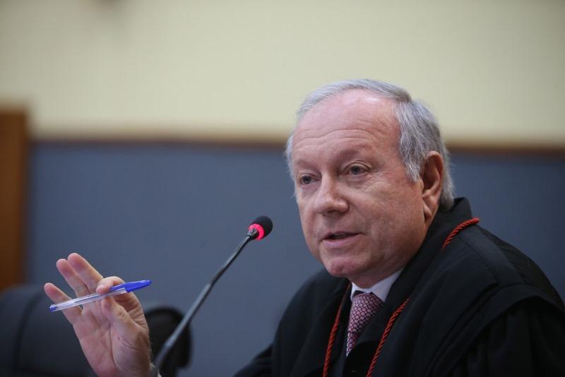 O desembargador João Simões argumentou que o ato do governador revogando as nomeações não tinham mais validade (Foto: Raphael Alves/TJAM)