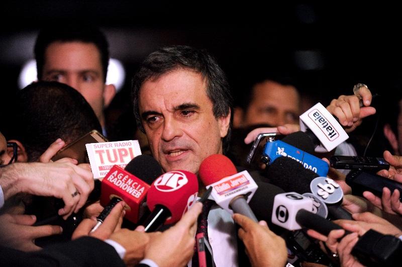 O ministro da Justiça, José Eduardo Cardozo, conversou com o presidente do Senado para pedir a tramitação célere do projeto de lei anti-corrupção (Foto: Jefferson Rudy/Agência Senado)