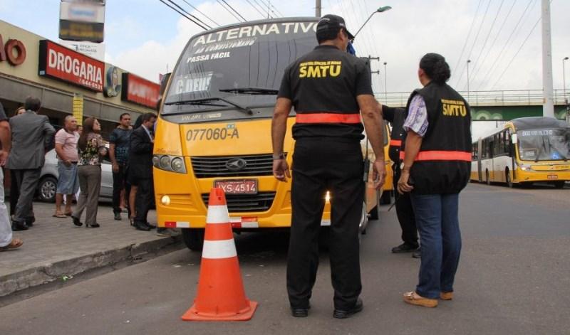 Proprietários e cooperativas de ônibus querem impedir a redução do número de permissões na nota licitação (Foto: SMTU/Divulgação)