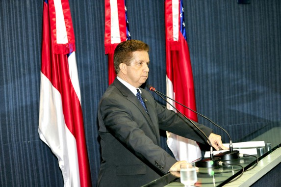 Acostumado na situação, Wanderley Dallas tem apanhado feio dos aliados do governador José Melo na Assembleia (Foto: Danilo Mello/ALE)