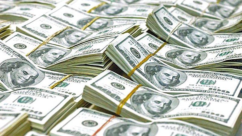 Valor do dólar cai nesta nesta sexta-feira e Bovespa registra alta nos negócios