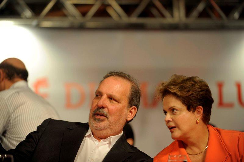 O ministro do Desenvolvimento Industria e Comércio Exterior, Armando Monteiro, tenta convencer o PTB a voltar à base do governo (Foto: Leo Caldas/Divulgação)