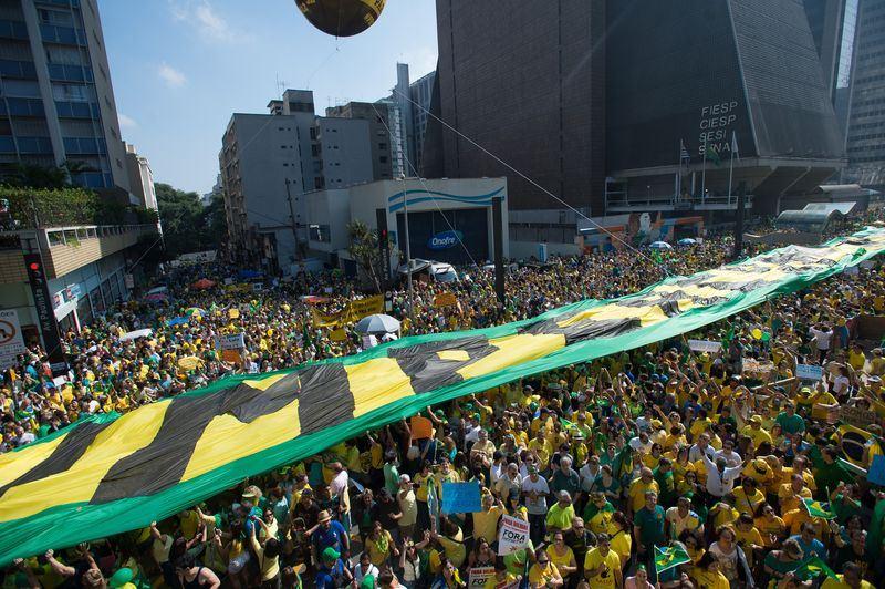 Protestos fracassaram e agora os manifestantes buscam novas estratégias para tentar derrubar a presidente Dilma Rousseff (Foto: Marcelo Camargo/Agência Brasil)
