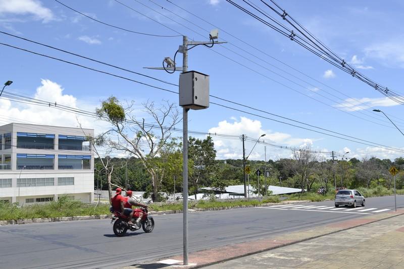 Empresa Consladel foi contratada por R$ 98 milhões para uma série de serviços na área de trânsito, mas só fez a instalação de radares (Foto: Valmir Lima)