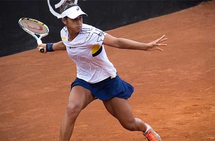 A número 1 do Brasil faturou seu segundo troféu de nível WTA ao superar na final a alemã Annika Beck por 2 sets a 1 ( Reprodução/Internet)