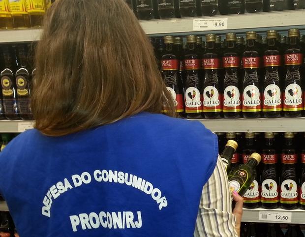 Consumo brasileiro queda