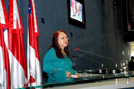 Bolsista Alena Gato: o CBA não é um elefante branco (Foto: Rubilar Santos/ALE)