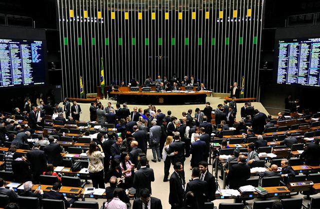 Votação na Câmara da Medida Provisória 863 que aumenta alíquotas de IPI