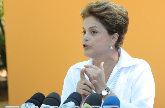 A presidente Dilma Rousseff enfrenta um dos piores momentos políticos desde que assumiu o cargo, em 2011 (Foto: Elza Fiúza/Agência Brasil)