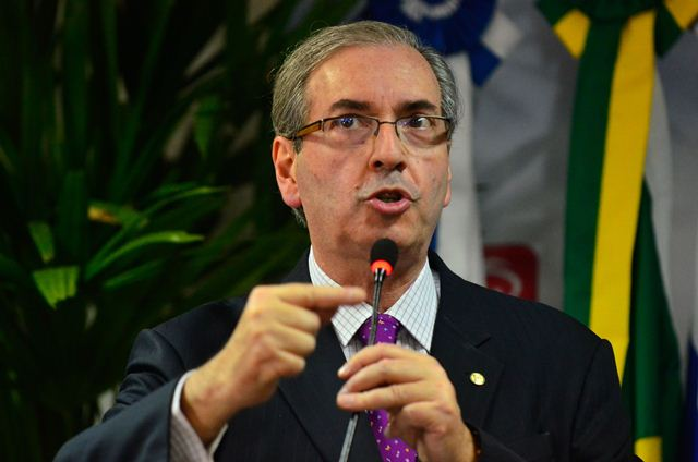 O presidente da Câmara, Eduardo Cunha, sugere que o PMDB encerre a aliança com o PT em 2018 (Foto: Tânia Rêgo/Agência Brasil)