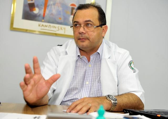Pedro Elias está há oito anos no comando do Hospital Francisca Mendes (Foto: Alfredo Fernandes/Secom)