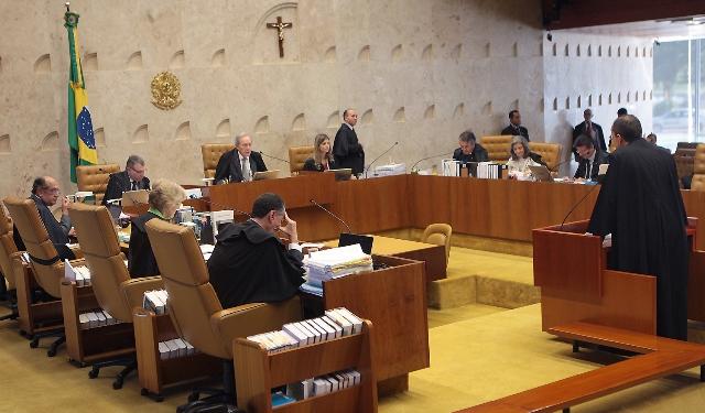Uma das súmulas vinculantes impede lei municipal de proibir