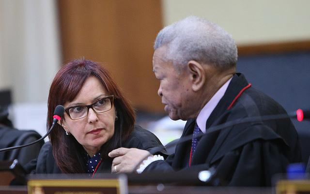 A desembargadora Carla Reis desconsiderou os argumentos da Assembleia Legislativa (Foto: Raimundo Valentim/TJAM)