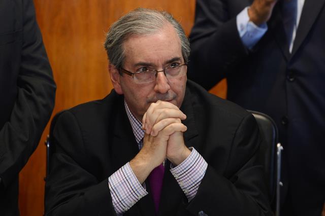 Eduardo Cunha pede propina